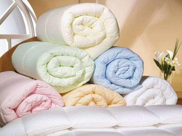 Какое одеяло выбрать - с наполнителем верблюжьей шерсти или бамбука?