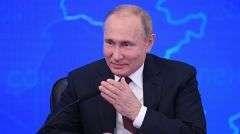 Путин: надо оградить граждан от рисков застройщиков