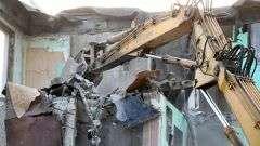 В Ясеневе снесли незаконный склад