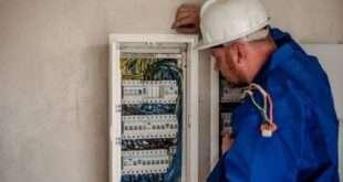 Могут ли отключить свет за долг в 100 рублей?